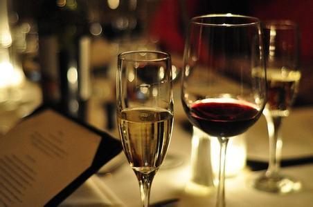 葡萄酒品鉴常见误区解读